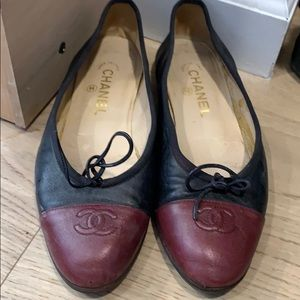Genuine vintage Chanel ballet flats classic 38